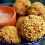 Cheesy rijstballen met tomato & basil rijst